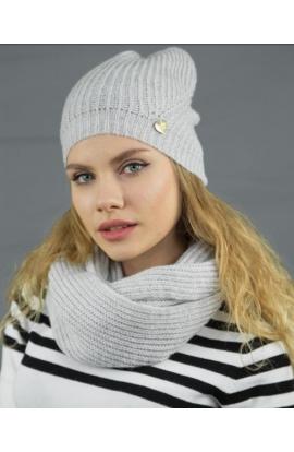 Cappello per donna a costine dai colori delicati con finissaggio mohair C548